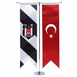 Besiktas und Türkei Tischflagge mit verchromten Ständer