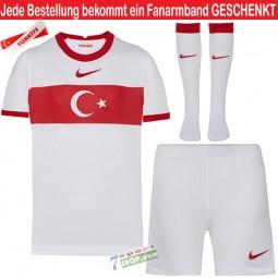 Kit Türkei Kindertrikot-Set Nike mit Hose und Stutzen